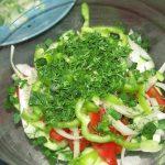 Фото рецепта - Первый веснний салат - шаг 2