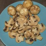 Фото рецепта - Ячневая каша с грибами - шаг 2