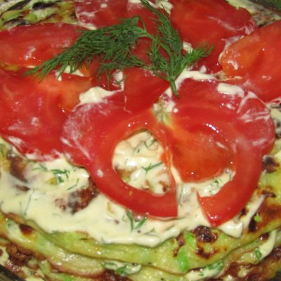 Фото рецепта - Кабачковый торт с томатами - шаг 5