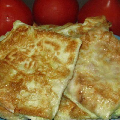 Жареные конвертики из лаваша - рецепт с фото
