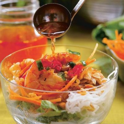Ароматный салат-коктейль с лемонграссом и креветками - рецепт с фото