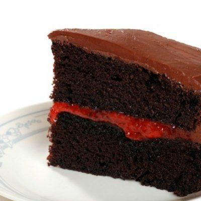 Шоколадный торт с абрикосовым джемом - рецепт с фото