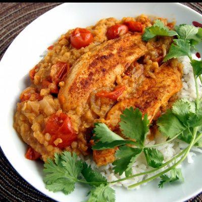 Курица с чечевицей и абрикосами - рецепт с фото