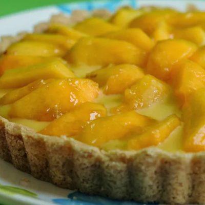 Лимонно-творожный пирог с сочными персиками - рецепт с фото