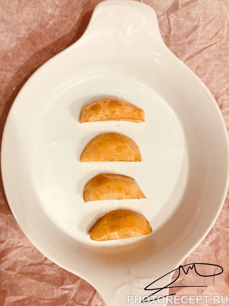 Фото рецепта - Нежнейшая курица под сливочным соусом с сыром маскарпоне - шаг 4