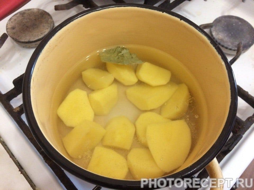 Фото рецепта - Суп-пюре из шампиньонов с картофелем - шаг 1