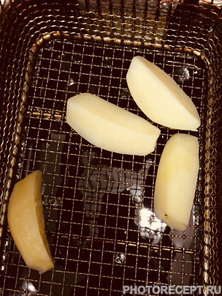 Фото рецепта - Нежнейшая курица под сливочным соусом с сыром маскарпоне - шаг 3
