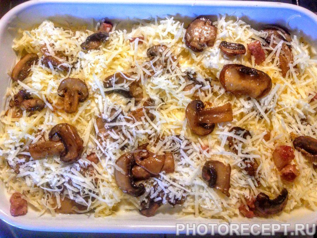 Фото рецепта - Картофельная запеканка с грибами и соусом Бешамель - шаг 8