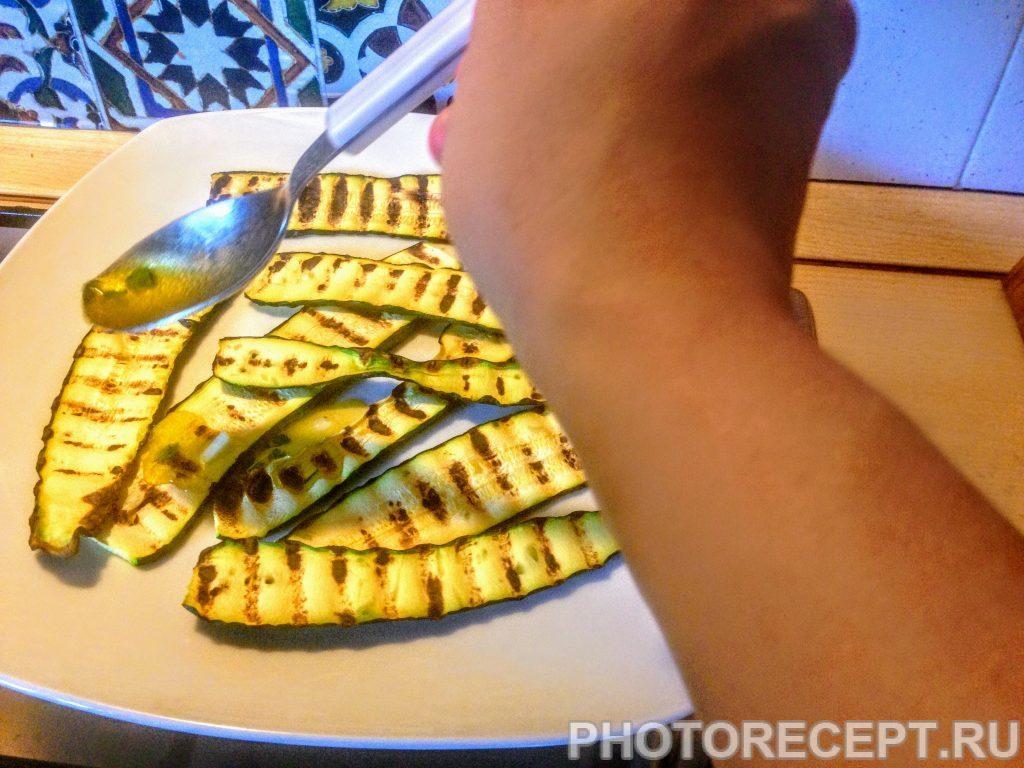 Фото рецепта - Цукини со спаржей и сладким перцем на гриле - шаг 7