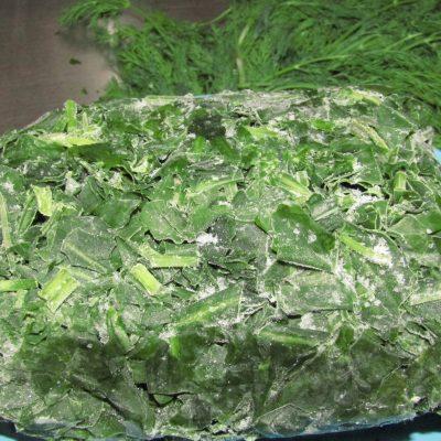 Фото рецепта - Зеленый борщ на курином бульоне - шаг 5