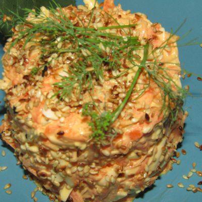 Фото рецепта - Морковный салат с чесноком - шаг 3