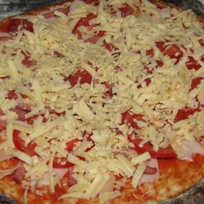 Фото рецепта - Пицца на воде - шаг 6
