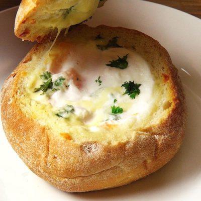 Фаршированные булочки с картофелем, яйцом и сыром - рецепт с фото