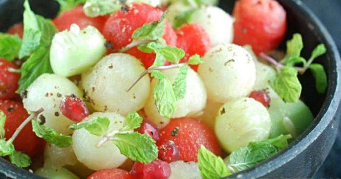 Фруктовый салат из арбуза и дыни