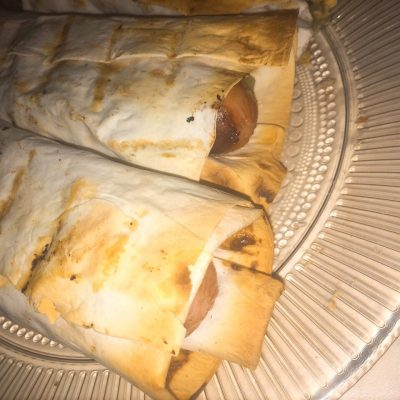 Сосиска в лаваше - рецепт с фото