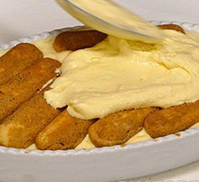 Легкий торт из печенья савоярди с яблочным пудингом - рецепт с фото