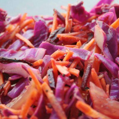 """Салат """"Ромашка"""" – прекрасное сочетание сырых овощей и мяса - рецепт с фото"""