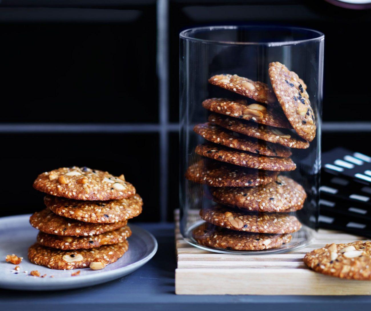 Соленое кунжутное печенье на пиве