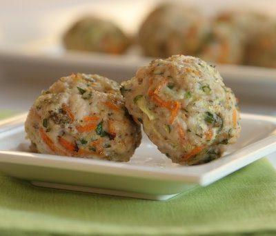Тефтели диетические с овощами, приготовленные на пару - рецепт с фото
