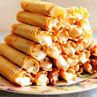 Вафли трубочки с шоколадно-сметанным кремом - рецепт с фото
