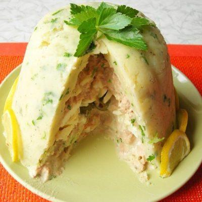 Закусочный гарнир- картофельный торт с тунцом - рецепт с фото
