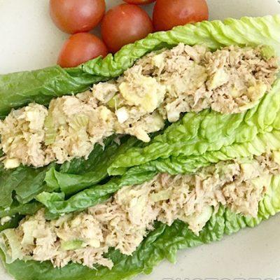 Закусочный салат с авокадо и тунцом - рецепт с фото
