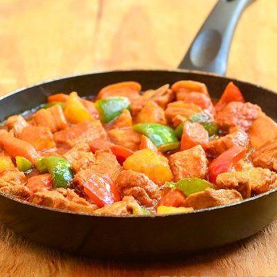 Жаркое из свинины с овощами - рецепт с фото