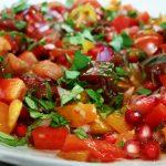 Азербайджанский салат из помидоров с гранатовыми зернами