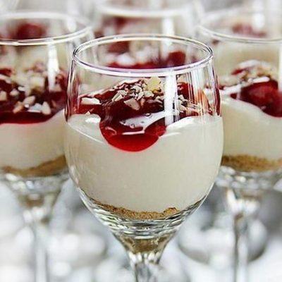 """Чизкейк  в стакане """"Пьяная вишня"""" (десерт) - рецепт с фото"""