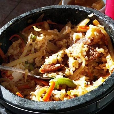 Горшочек с рисом, говядиной и овощами - рецепт с фото