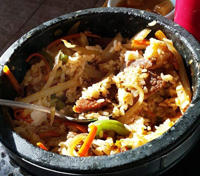 Горшочек с рисом, говядиной и овощами
