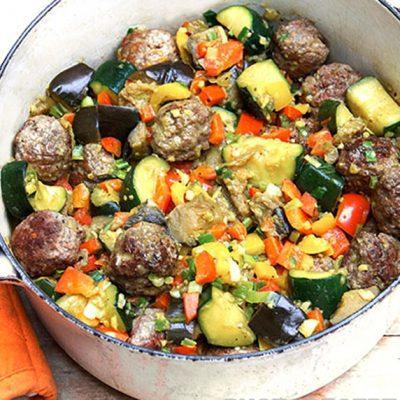 Капоната – овощное рагу с тефтелями - рецепт с фото