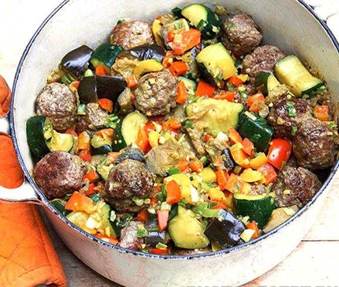 Капоната – овощное рагу с тефтелями