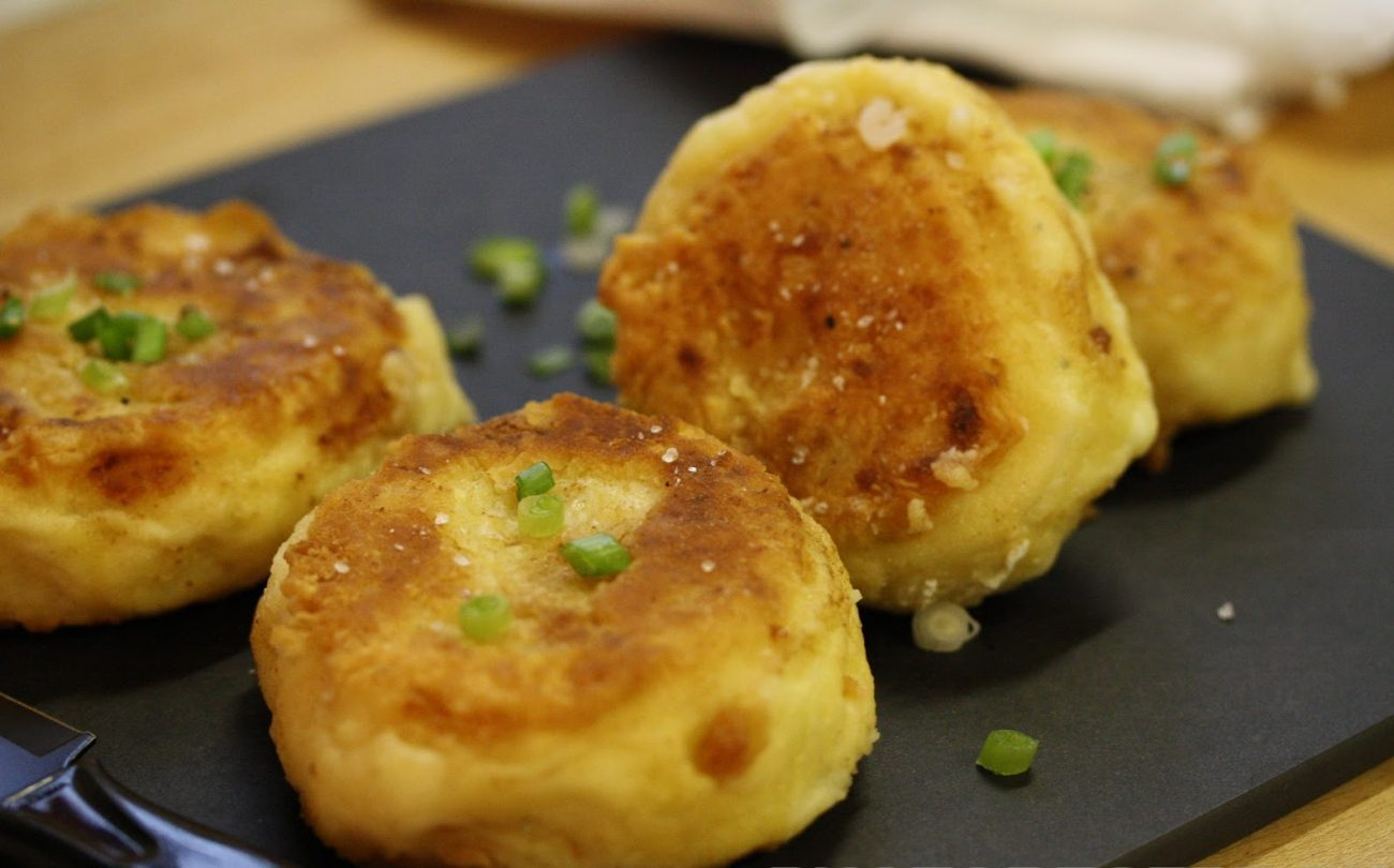 Картофельные котлеты с зеленым луком