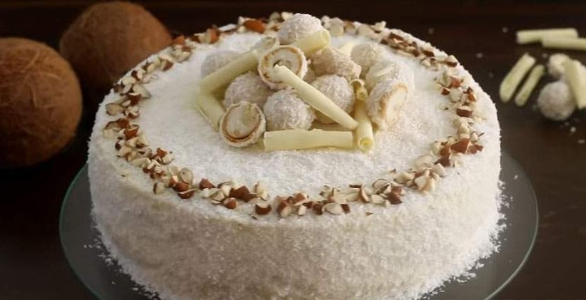 """Кокосовый торт """"Рафаэлло"""" с ликерной пропиткой"""