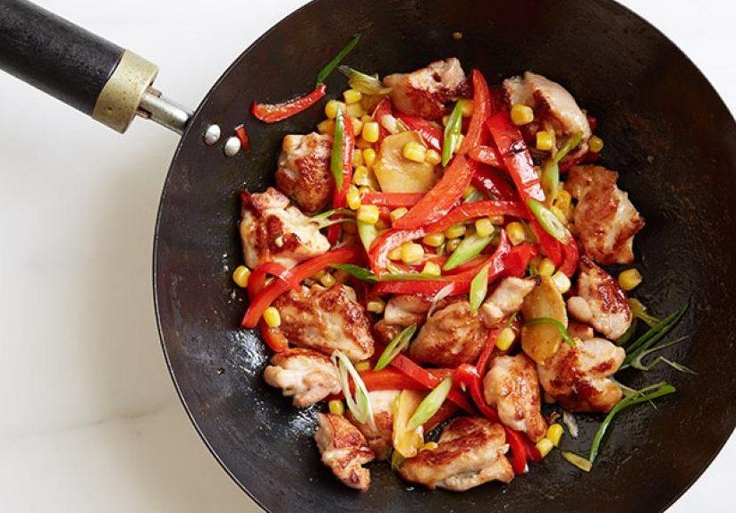 Курица с кукурузой и перцем по-мексикански