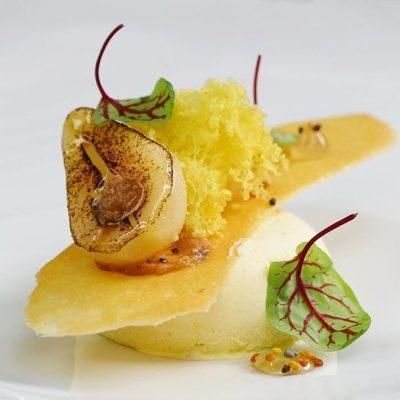 Парфе с карамелизованными грушами и медом - рецепт с фото