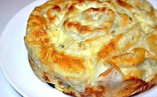 Пирог из лаваша с фаршем и сыром