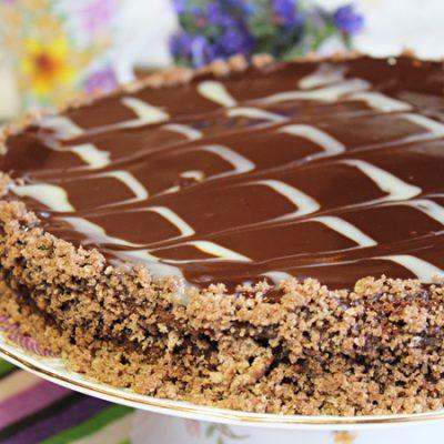 Торт «Пьяная вишня» с шоколадной глазурью - рецепт с фото