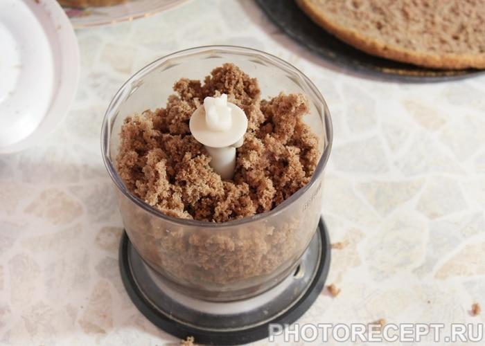 Фото рецепта - Торт «Пьяная вишня» с шоколадной глазурью - шаг 8