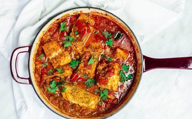 Тушеная рыба с томатами по-мароккански