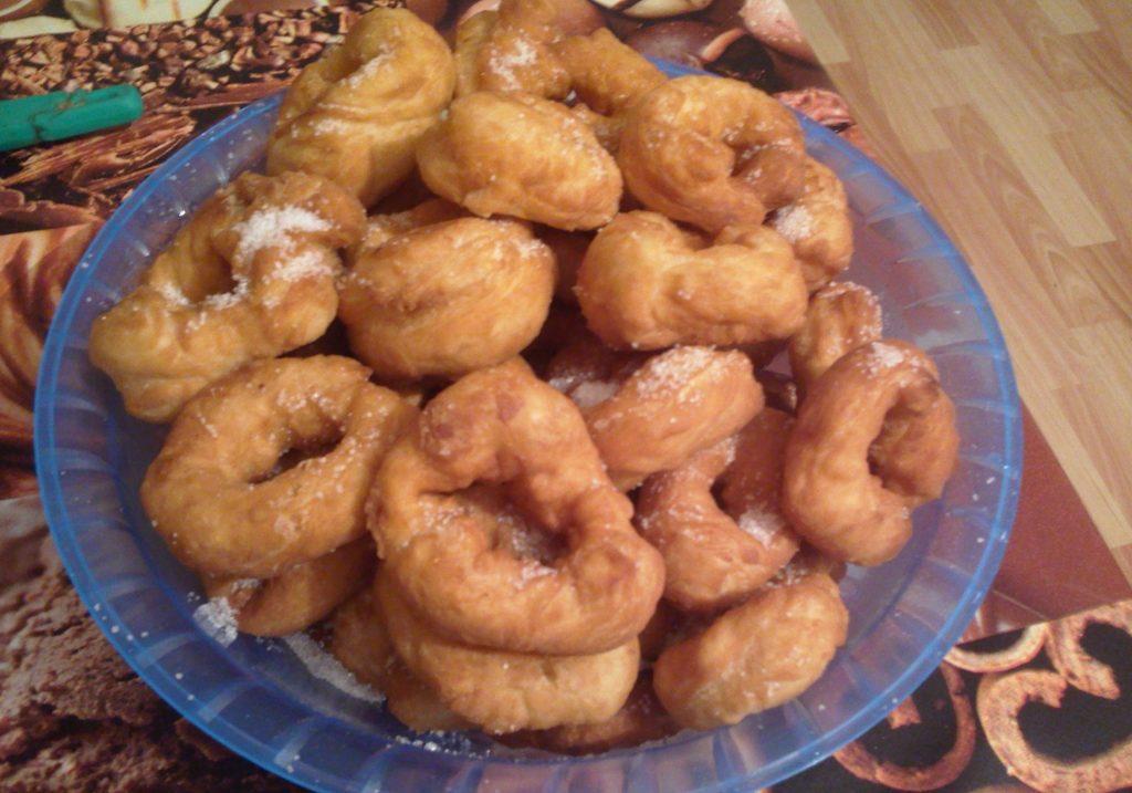 Фото рецепта - Пончики на дрожжах - шаг 6
