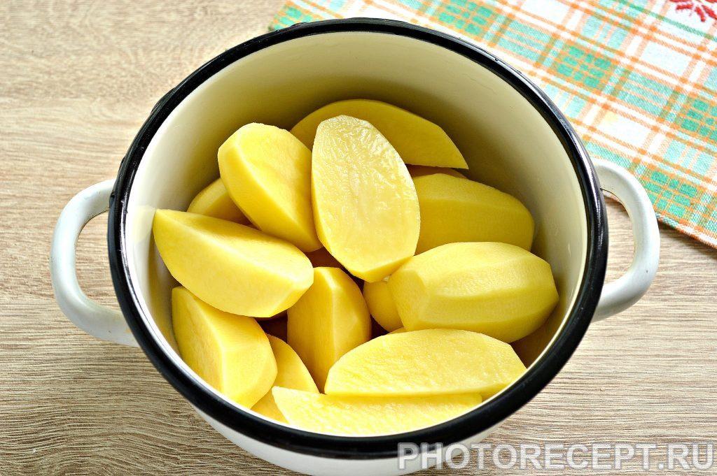 Фото рецепта - Воздушное картофельное пюре на сливках - шаг 1
