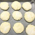 Фото рецепта - Сырники в духовке - шаг 3