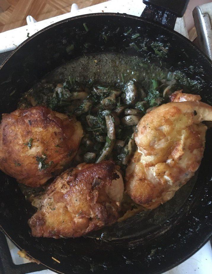 Курица с грибами – быстрый домашний рецепт