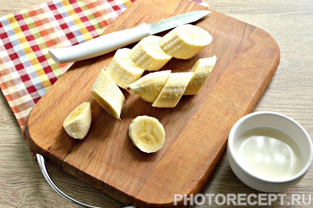 Фото рецепта - Банановое пюре для самых маленьких - шаг 2