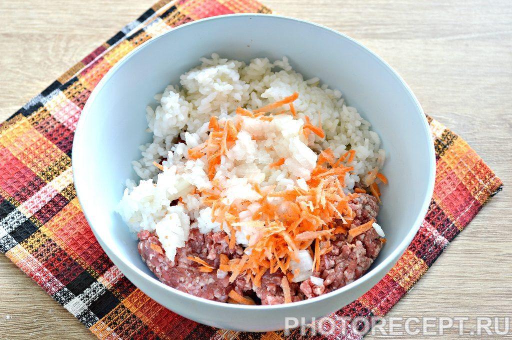 Фото рецепта - Тефтели в томатно-майонезной заливке - шаг 2