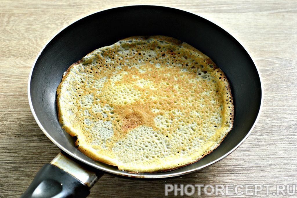 Фото рецепта - Блинчики с начинкой из ливерной колбасы - шаг 2