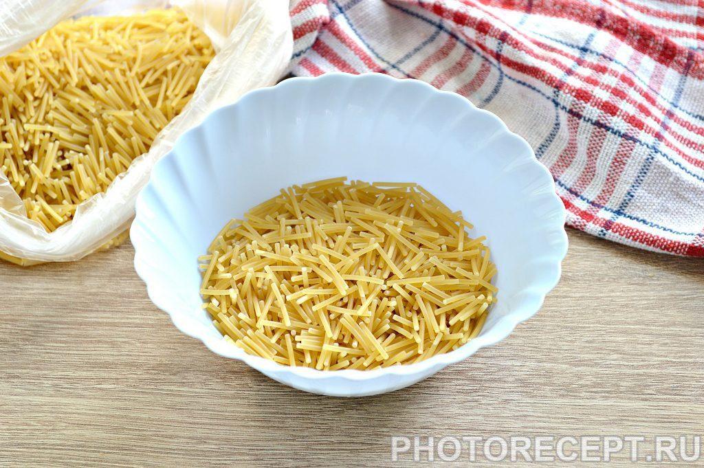 Фото рецепта - Суп из гуся с вермишелью - шаг 3