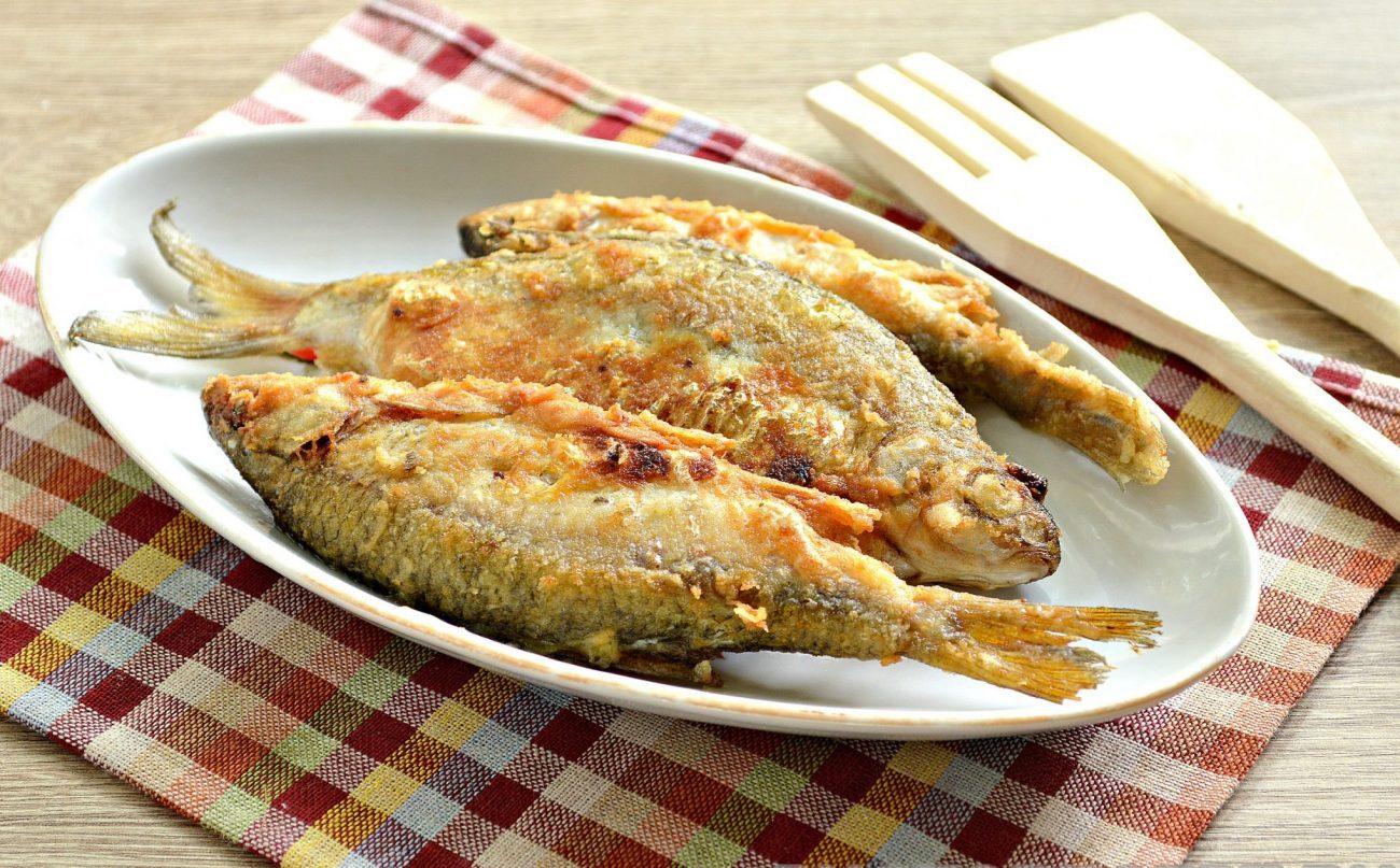 Жареная в майонезе речная рыба